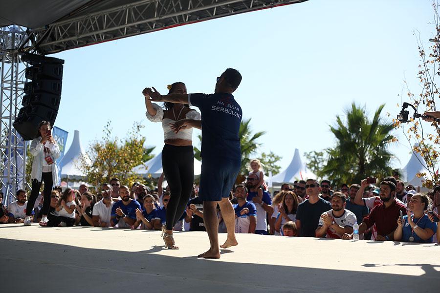 Dragon Festivali: Dans Yarışması